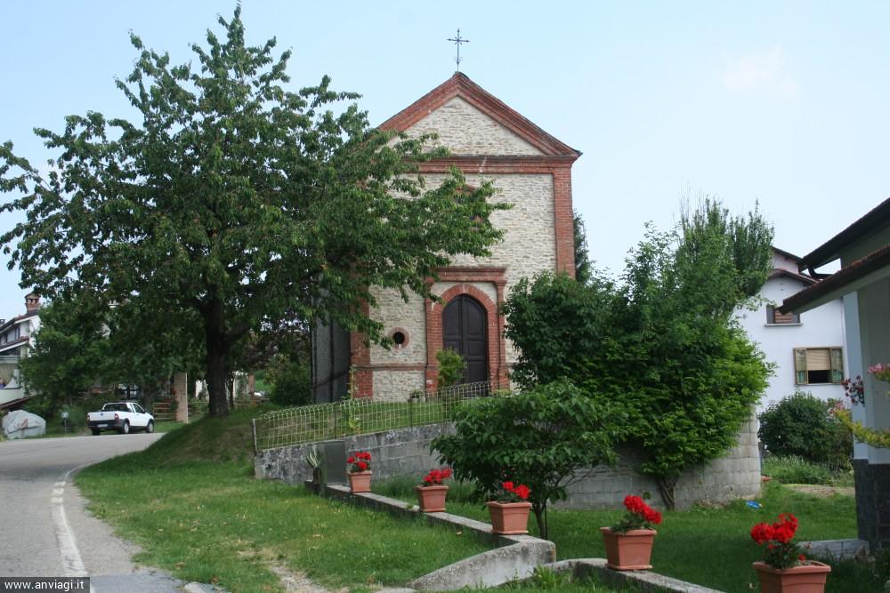 La facciata della chiesa di San Bernardo di Albaretto Torre. <span class='photo-by'>Photo: Diego De Finis.</span>