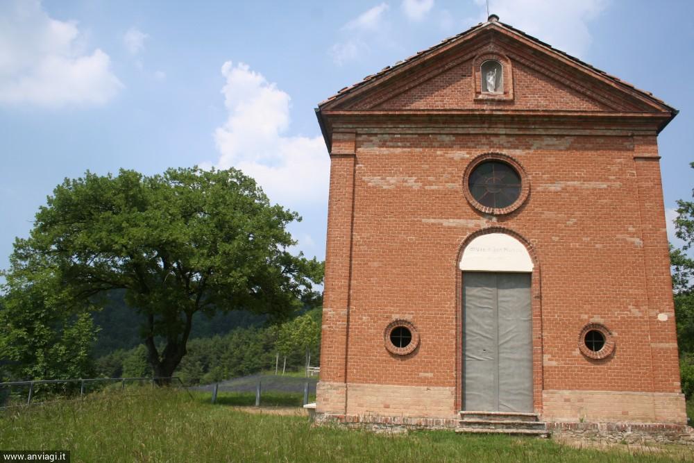 La facciata della Cappella di San Michele a Arguello. <span class='photo-by'>Photo: Diego De Finis.</span>