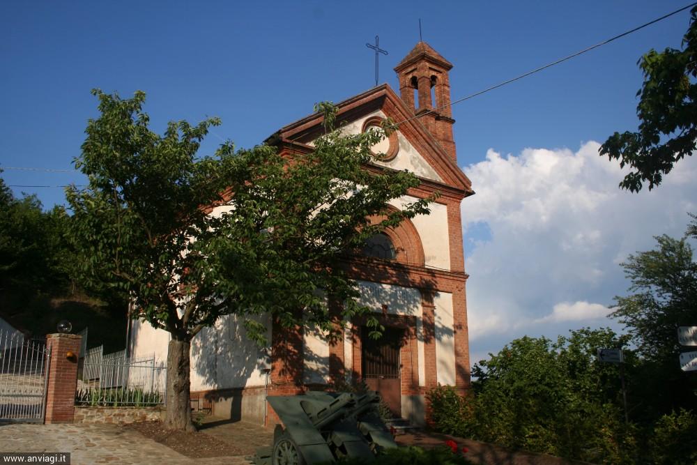Chiesa del Sacrario dei caduti a Cravanzana. <span class='photo-by'>Photo: Diego De Finis.</span>