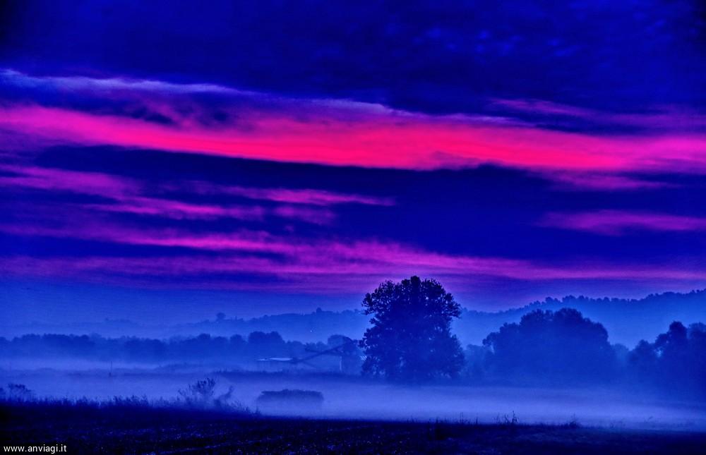 Luci dell'alba sulla piana del Tanaro