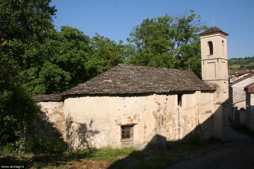 L'abside della chiesa di Santa Caterina d'Alessandria in frazione Lunetta di Mombarcaro. <span class='photo-by'>Photo: Diego De Finis.</span>