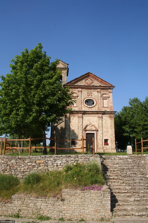 Il santuario della Madonna dei Monti a Niella Belbo. <span class='photo-by'>Photo: Diego De Finis.</span>